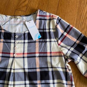 Plaid front pleat roll tab sleeve top NWT